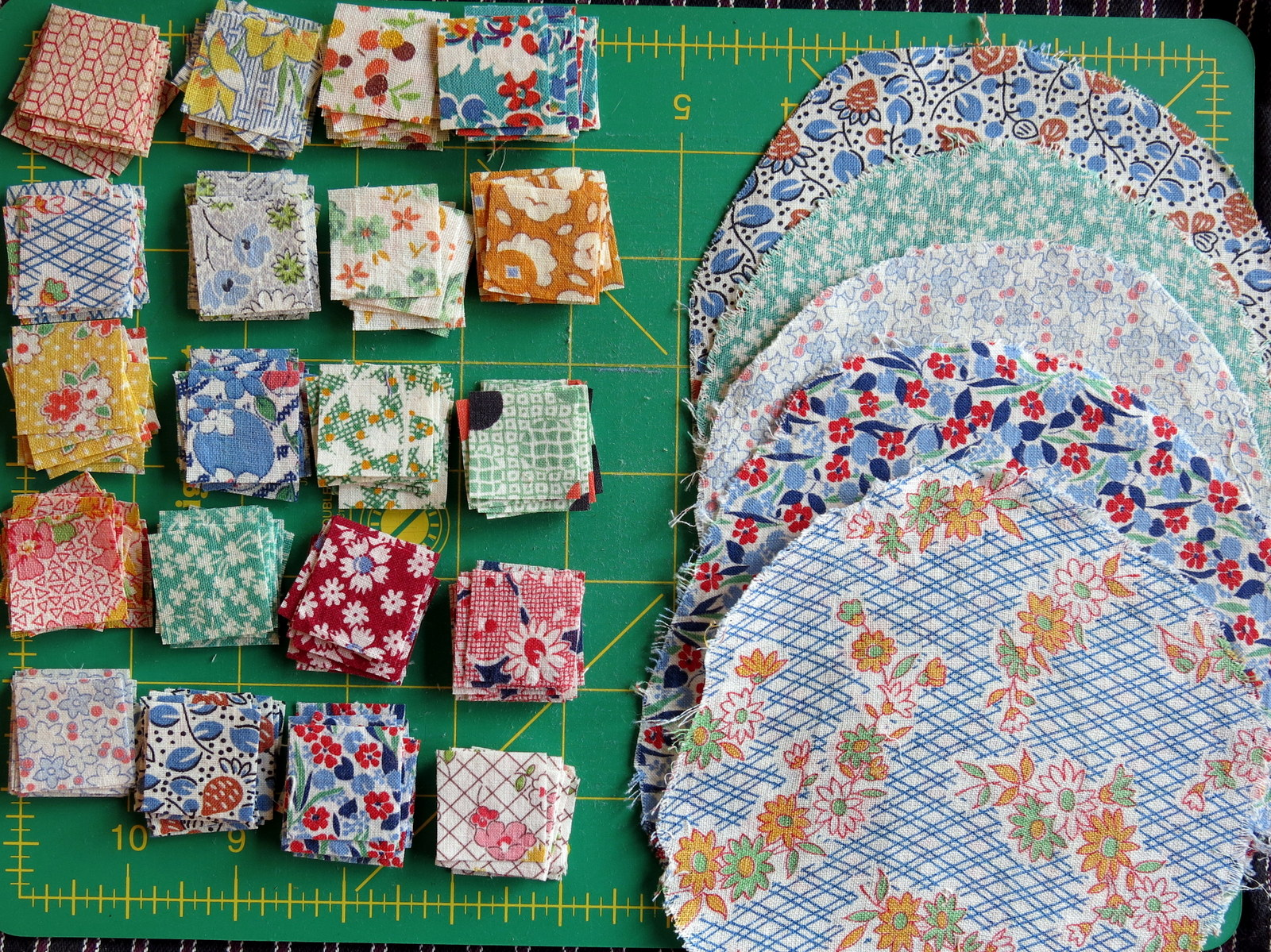 Yoyo Quilt Gets Recycled | Quimper Hittys : making a picture quilt - Adamdwight.com