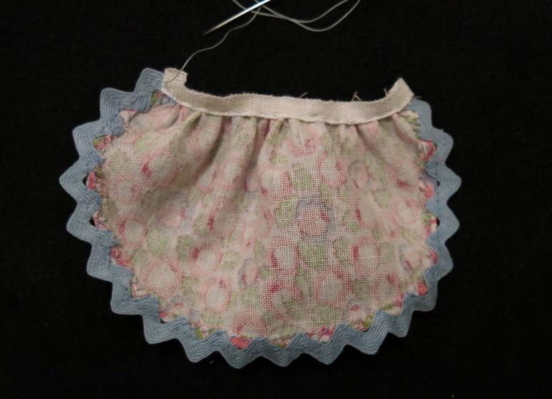 Stitching the Waistband lining