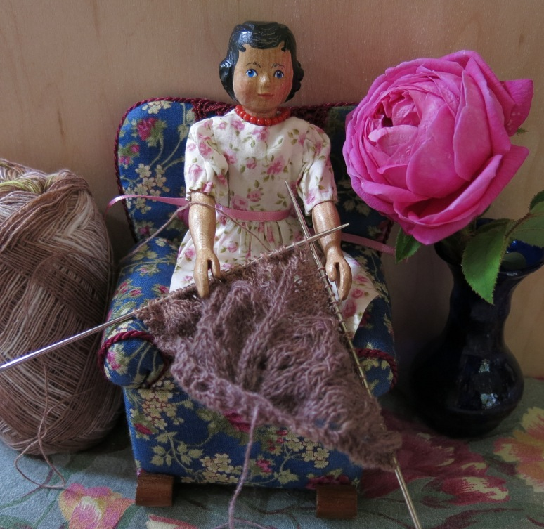 Rose knitting again
