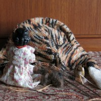 Knitting Paws 2